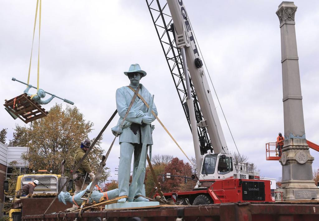 Louisville Monument